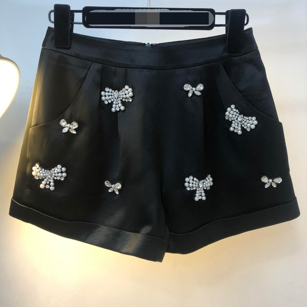 2019 Spring and Summer New Heavy Satin Beaded Shorts 0326