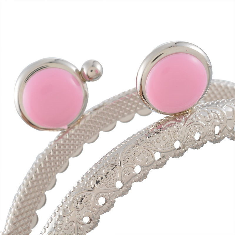 10Pcs Round Light Pink Head Clutch Ruffled Silver Tone Coins Purse Metal Arc Frame Kiss Clasps Clips Lock Handbag Handle 89x64mm in Bag Parts Accessories from Luggage Bags