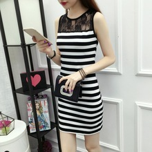 Large-size  bottom dress, buttocks, mid-length large-size striped dress for women