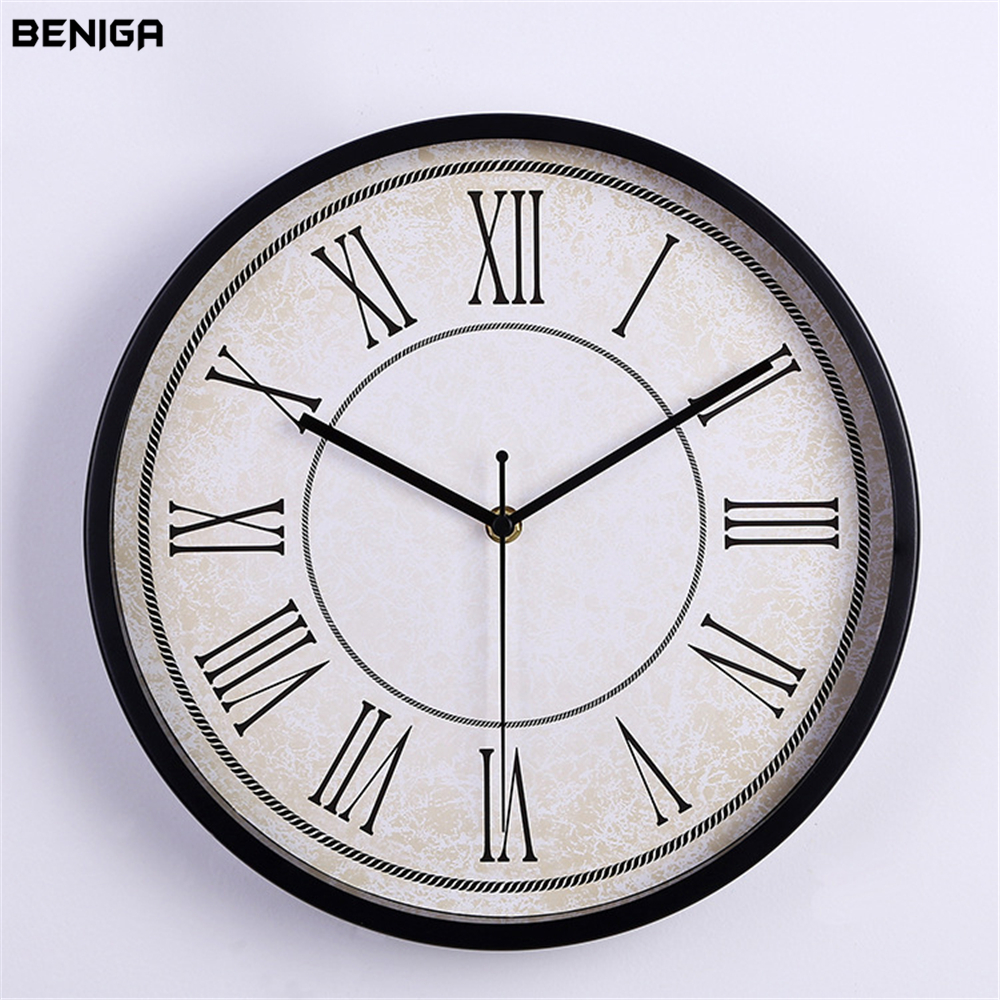 Minimalist Retro Roman Numerals Wall Clock Vogue European Luxury Graceful Round Silently Quartz Needle Mute Wall Clock for Decor