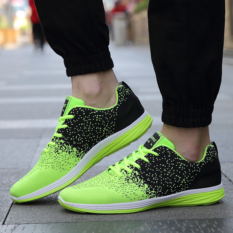 lightweight breathable mesh network Men Outdoor Sport running Shoes flat board walking training Running Shoes Men brand Sneakers