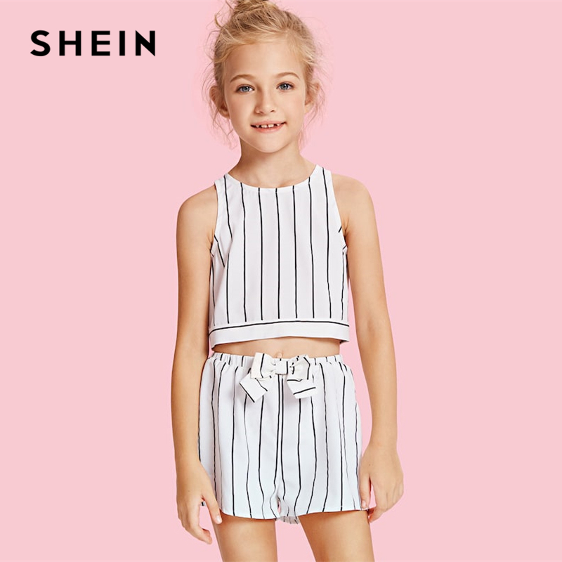 все цены на SHEIN Kiddie Girls Slit Knot Back Stripe Shell Top And Shorts Clothes Sets 2019 Spring Sleeveless Bow Vacation Kids Suit Sets