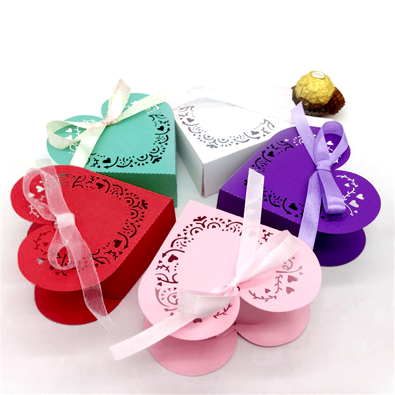 50pcs/lot Laser Cut Wedding Favor Boxes Heart Shaped Party Baby Shower Candy Sweets Box Romantic Wedding Accessaries