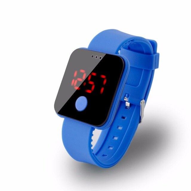 72188a544df0 Multifunción Reloj de la Hora Reloj Deportivo de Moda Para Hombre Mujer Niño  Colorido Led Electrónico Digital Relojes Niños TENTADOR