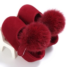2017 Lovely Cute Infant Baby Girl Shoes Toddler Pre-walkers Princess Hair Ball Crib Shoes 0-18M Bebe  Shoes New
