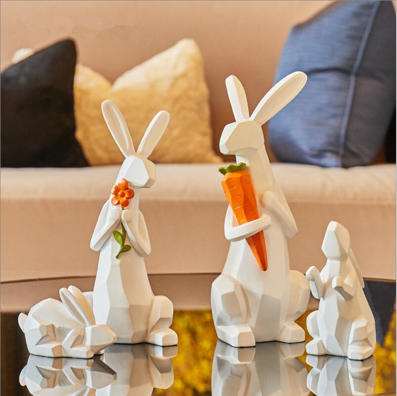 Cute family of 4 Modern minimalist animal ornaments Cute children room soft decorations Living room home TV cabinet display