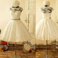 Vintage Short Lace 50s Wedding Dresses Cap Sleeve Beading Belt A Line Knee Length Bridal Gowns