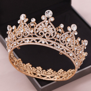 Image 1 - シルバー色ゴールドビッグラウンドクラウンバロックティアラクラウンクリスタルハートウェディングヘアaccessorie女王プリンセス王冠花嫁飾り