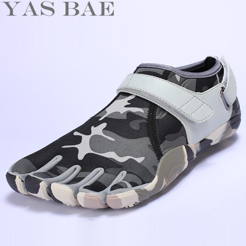 Yas Bae Camouflage Stor Storlek Design Gummi med Fem Fingrar Utomhusbeständig andas Lätt Vikt Sneakers skor för män
