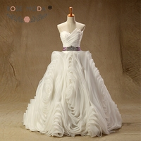 Rose Moda Luxury 3D Xoáy Organza Wedding Gown Bóng với Crystal Sash Asymmetrical Cổ Puffy Xù Wedding Dress Real Photo