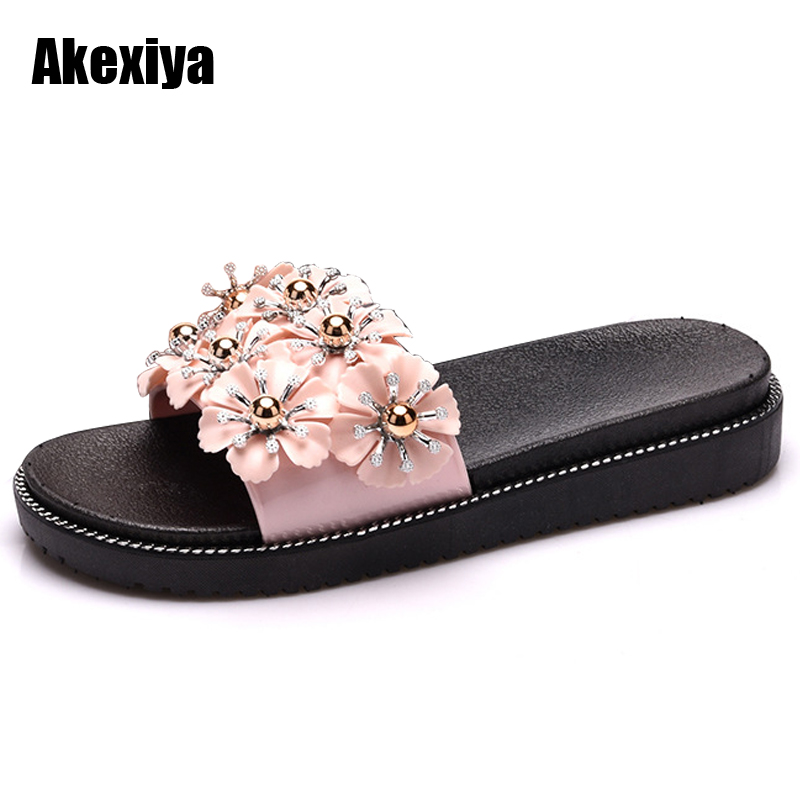 Suihyung New Summer Women's PVC Slippers Flowers Female Non-slip Beach Slippers Flip Flops Sandals  Slippers M620
