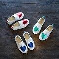 Весна/Лето Стиль Прекрасный Сердце Выдалбливают Мягкие Девочки Shoes школа моды плоским shoes casual кроссовки