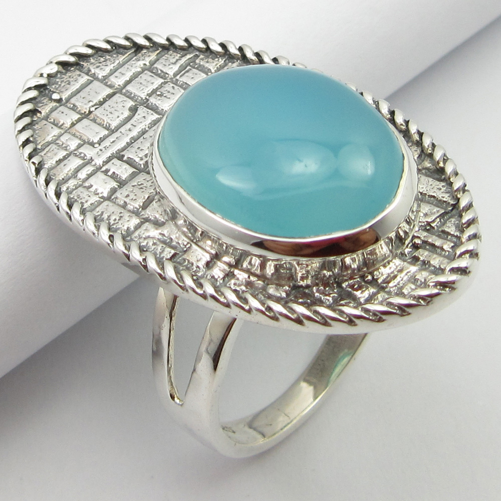 Natural Blue Chalcedony HAMMERED Ring Size 8 0. Solid Silver New Stone Unique Designed