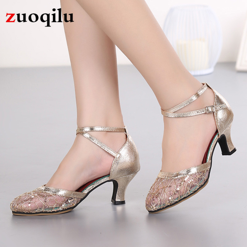 2019 New Women Pumps Low Heels Dancing Shoes Woman Ladies Party Wedding Dress Pointed Toe Slip On Shoes Size 34-42