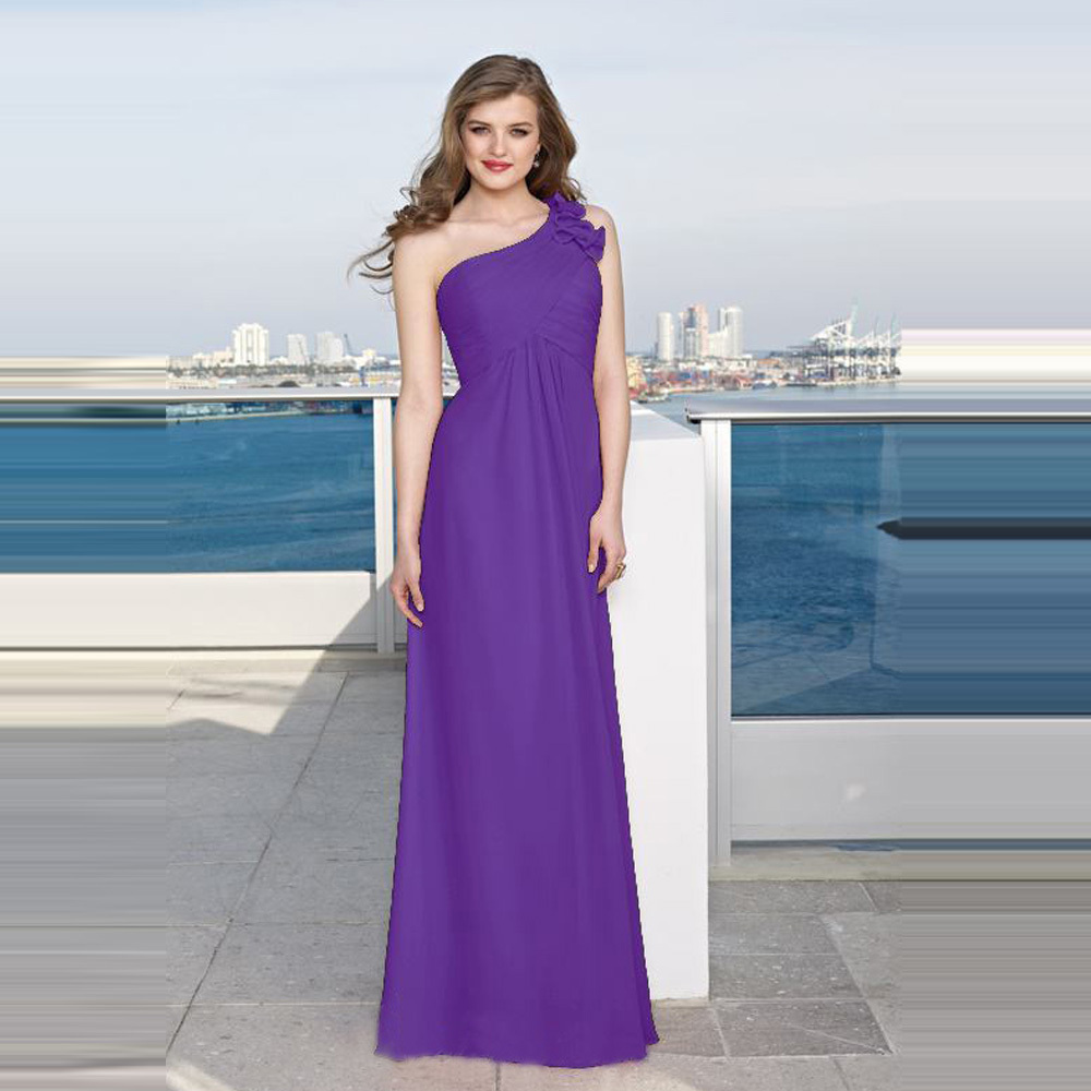 Atractivo Modestos Vestidos De Dama De Color Púrpura Viñeta ...