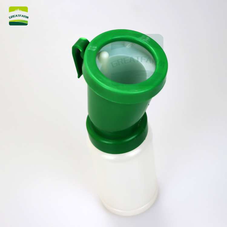 Teat Dip Cup Green Easy to Use Cattle Livestock Sheep Goats Milking Belt Clip