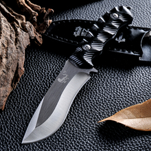 New Brand Hunting Knife 440c Blade Metal Wiredrawing Craft Fashion Portable Hand Tools Carry Camping Knife Outdoor Survive Knife