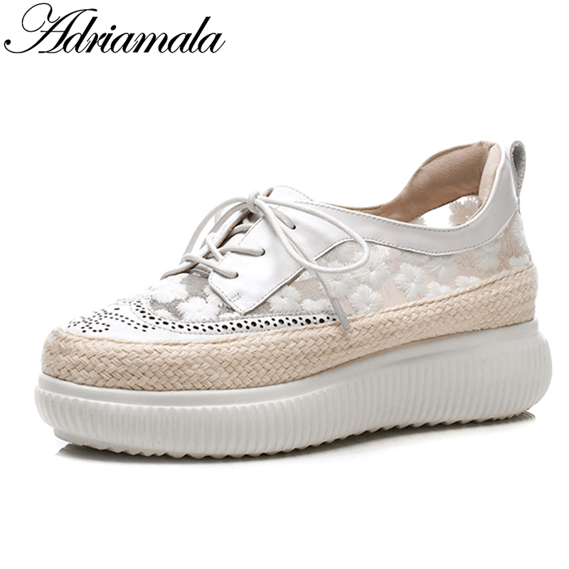2018 Cow Leather Flat Platform Casual Shoes For Women Summer New Arrival Round Toe Fashion Lady Lace Up Flat Sneakers Adriamala