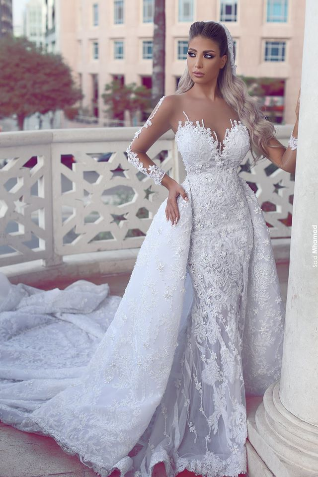 Gorgeous New White Wedding Dress 2020 O-Neck Long Sleeves Court Train Appliques Bridal Gowns Robe De Mariee