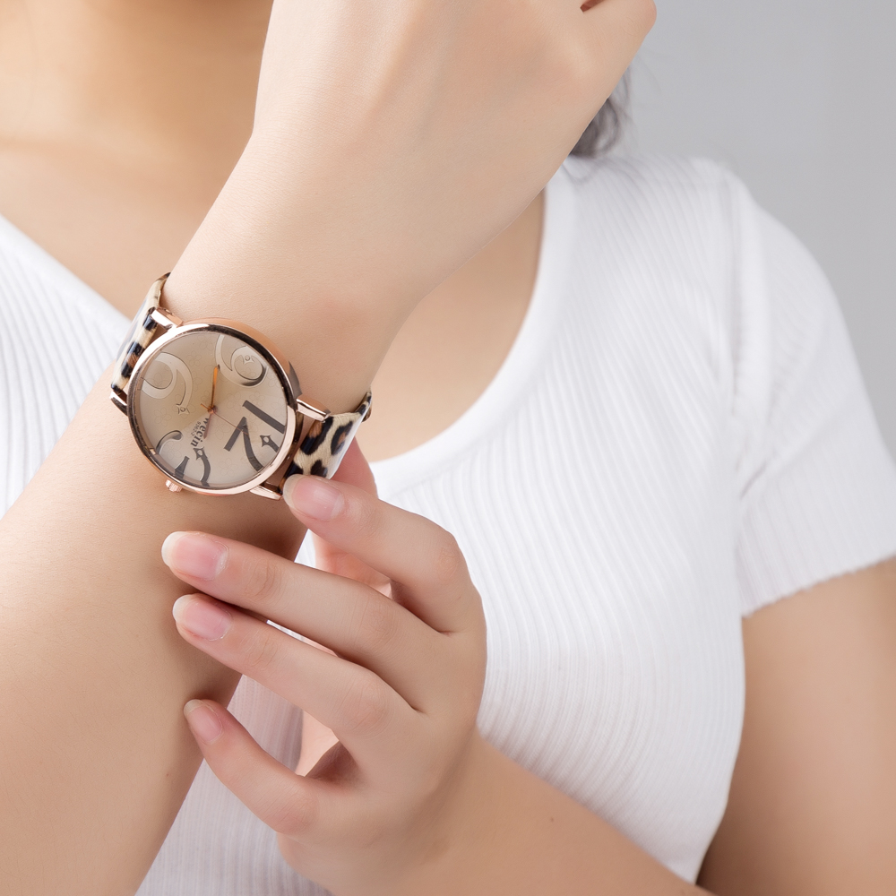 4-Elegant-Luxury-Ladies-Watch-Leather-Girl-Watch-2018-Fashion-Casual-Simple-Quartz-Dial-Wristwatch-Clock-Women