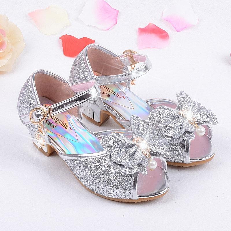 1b9bd5b1e6e US $14.29 17% OFF Girls high heel sandals Blue Crystal Princess Kids  Sandals 3 4 5 6 7 8 9 10 11 12 years old Summer Girls Sandal Pink Gold  Silver-in ...