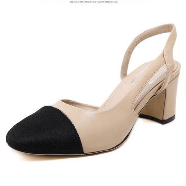 2016 Verão Nova Mulher Bombas de Crina de Cavalo Cor Feitiço Quadrado sandálias Das Mulheres do Salto Médio Sapatos de Festa Plus Size 35-40 Livre grátis