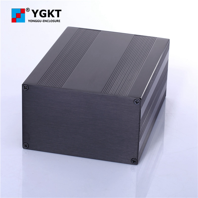 145-82-N mm(W-H-L)anodized electronics box extruded aluminum boxes,top sale extruded aluminum case for audio rack 19 inch aluminum junction box distribution case electronics audio rack 44 5 h x200 w x438 l mm