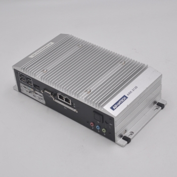 ADVANTECH  ARK-2120L  ARK-2120  ARK-2120L-S6A1E The embedded industrial personal computer is equipped with a 32G hard disk of CF ark benefit u1 dual gold
