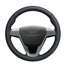 יד תפור שחור PU מלאכותי עור רכב הגה כיסוי לאדה סטה 2015 2016 2017 2018 2019 2020 xray 2015 2020
