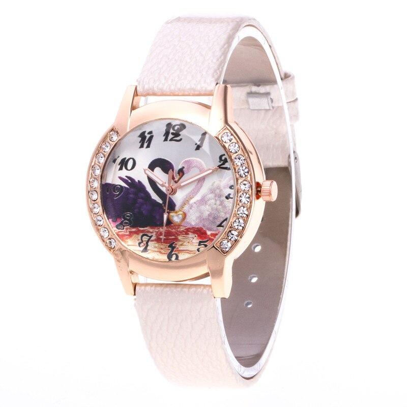 Fashion Printed Design Rhinestone Dial Ladies Watch PU Leather Quartz Watches For Women 2018 Luxury Wrist Watch Dress Clock