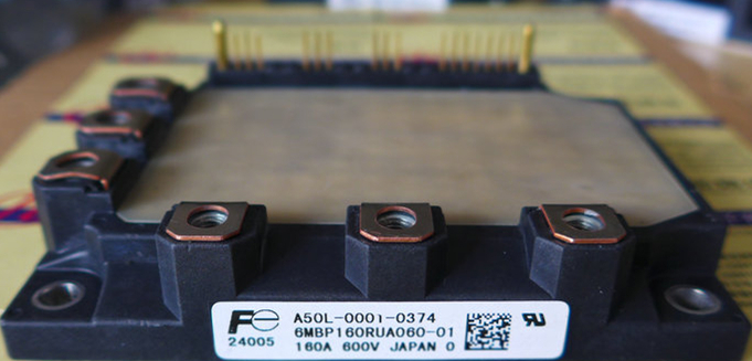 ФОТО 6MBP160RUA060-01    Power Modules  NEW