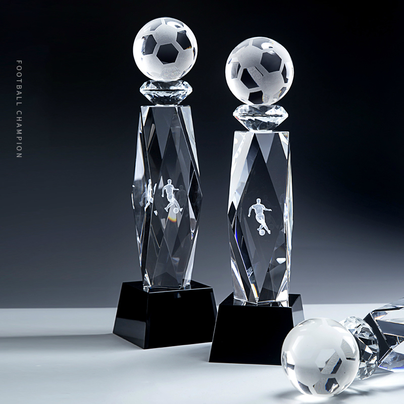 High-end Football Crystal Trophy Three-dimensional Internal Carving Design Gift Sports Meeting Trofeo Futbol Football Cup Trophy