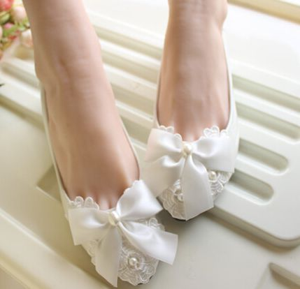 White satin bowtie wedding shoe women flat heel lace pearls handmade  butterfly-knot lady flats wedding shoes d23b71d51eac