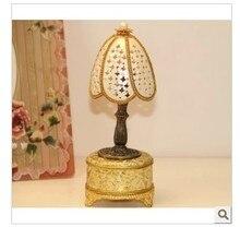 European royalty egg music box birthday gift Christmas gift choice for the Qixi Festival practical girlfriend love light
