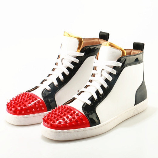 все цены на High Top Sneaker Luxury Rivet Studded Men Ankle Boots Red Black White Mix Color Causal Men Shoes Flat Lace Up Men Leather Boots
