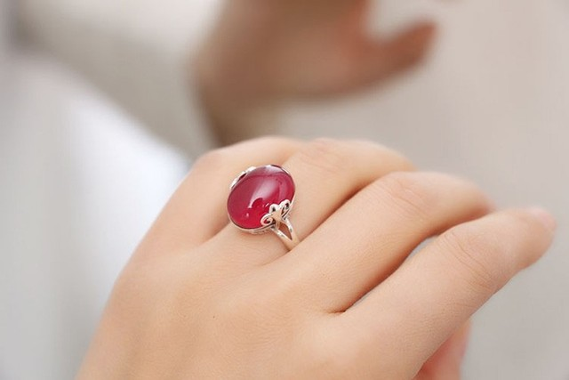2017 Latest Design Fashion 925 Sterling Silver Opening Ring Set Natural Red Crystal Stone Adjustable Size Rings for Women JZR039