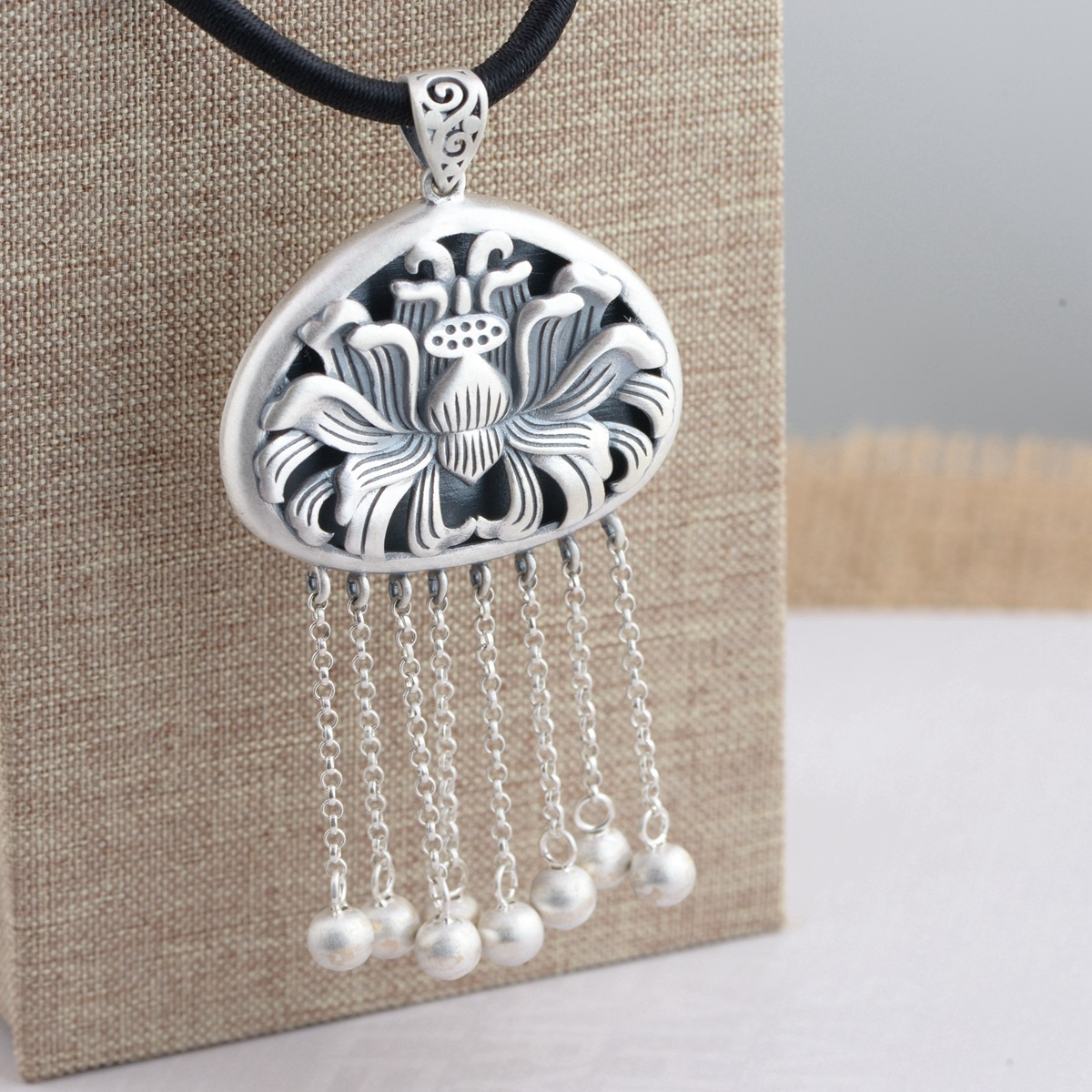 Handmade silver wholesale 990 fine silver pendant Thai silver antique style for women blooming flowers tassel pendant antique silver coin tassel anklet 1pc