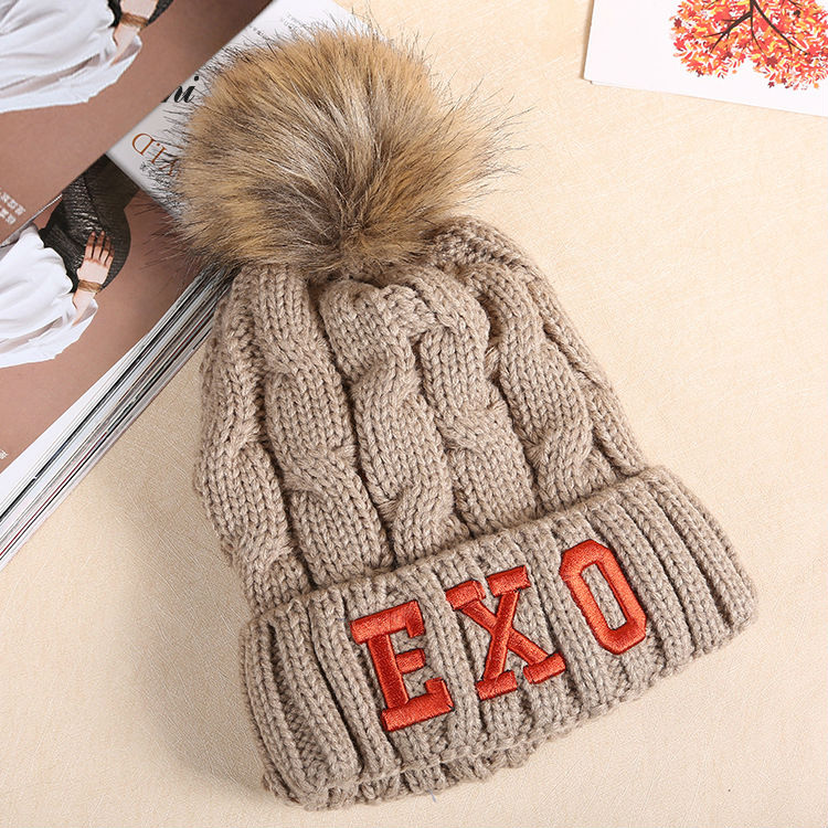 winter hat women girl 's hat knitted beanies cap brand new thick female Cap ladies Hat Wool Cute Fur Ball Pompom Beanies Hat cap high quality real fur ball pompom winter hat for women wool hat knitted cotton beanies cap brand new thick female hat