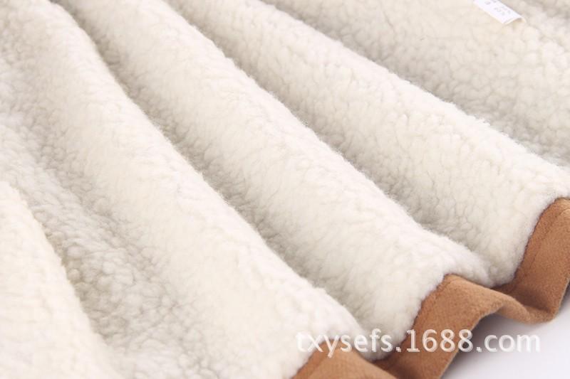 0163712381