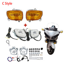 Motorcycle Front Turn Signal Blinker and LED Turn Signal Driving Fog Light For Honda Goldwing GL1800 2012-2017 F6B 2013-2017 motorcycle led front side turn signal blinker case for honda goldwing gl1800 gl 1800 2001 2017 f6b 2013 2018
