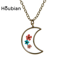 Houbian Natural Dry Flowers Hand Epoxy Moon Shape Pendant Necklace Pure Hand Diy Creative Resin Necklace Jewelry