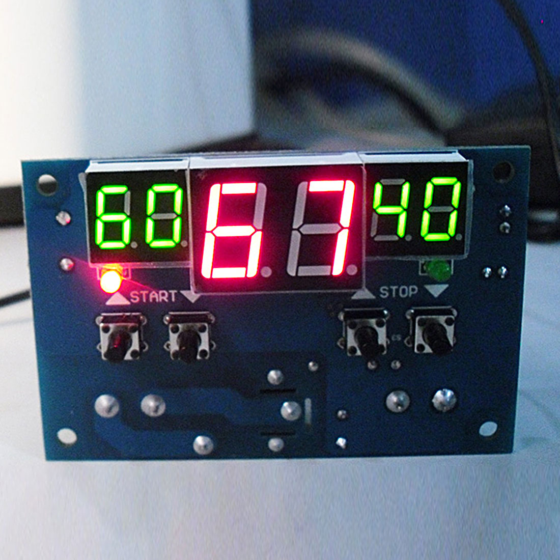 Intelligent Digital Thermostat Temperature Controller DC 12V Regulator with NTC Sensor W1401