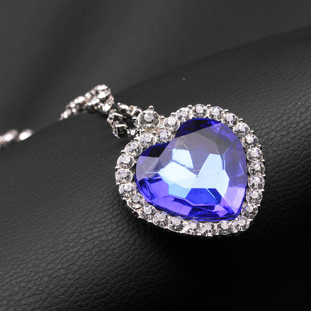 brixini.com - Ocean Sapphire Blue Crystal Necklace
