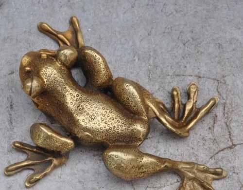 Sculpture de crapaud d'or grenouille en bronze chinois, riche en ressources financières