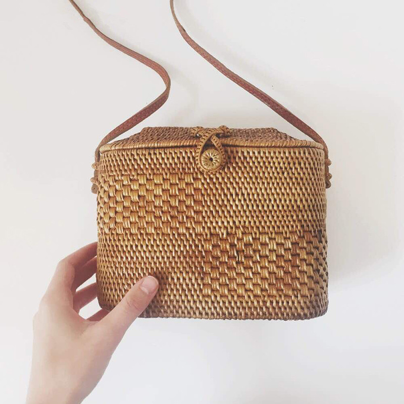 Tethys Bali Small Rattan Bags Handmade Beach Bag for Women Mini Summer Straw Bag Holiday Handbags Wicker Cross body Bag beach straw bags women appliques beach bag snakeskin handbags summer 2017 vintage python pattern crossbody bag
