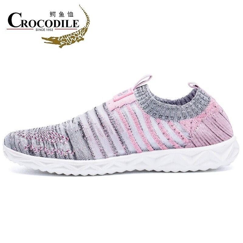 Crocodile Women Running Sneaker Air Mesh Knitted Loafers Light Men Walking Water Shoes for Women Footwear