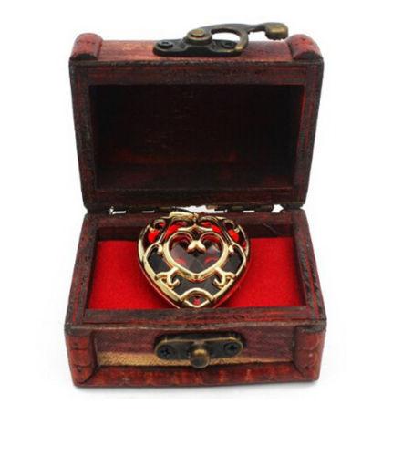 Подвеска и брелок в форме сердца Легенда о Зельде в подарочной коробке 2