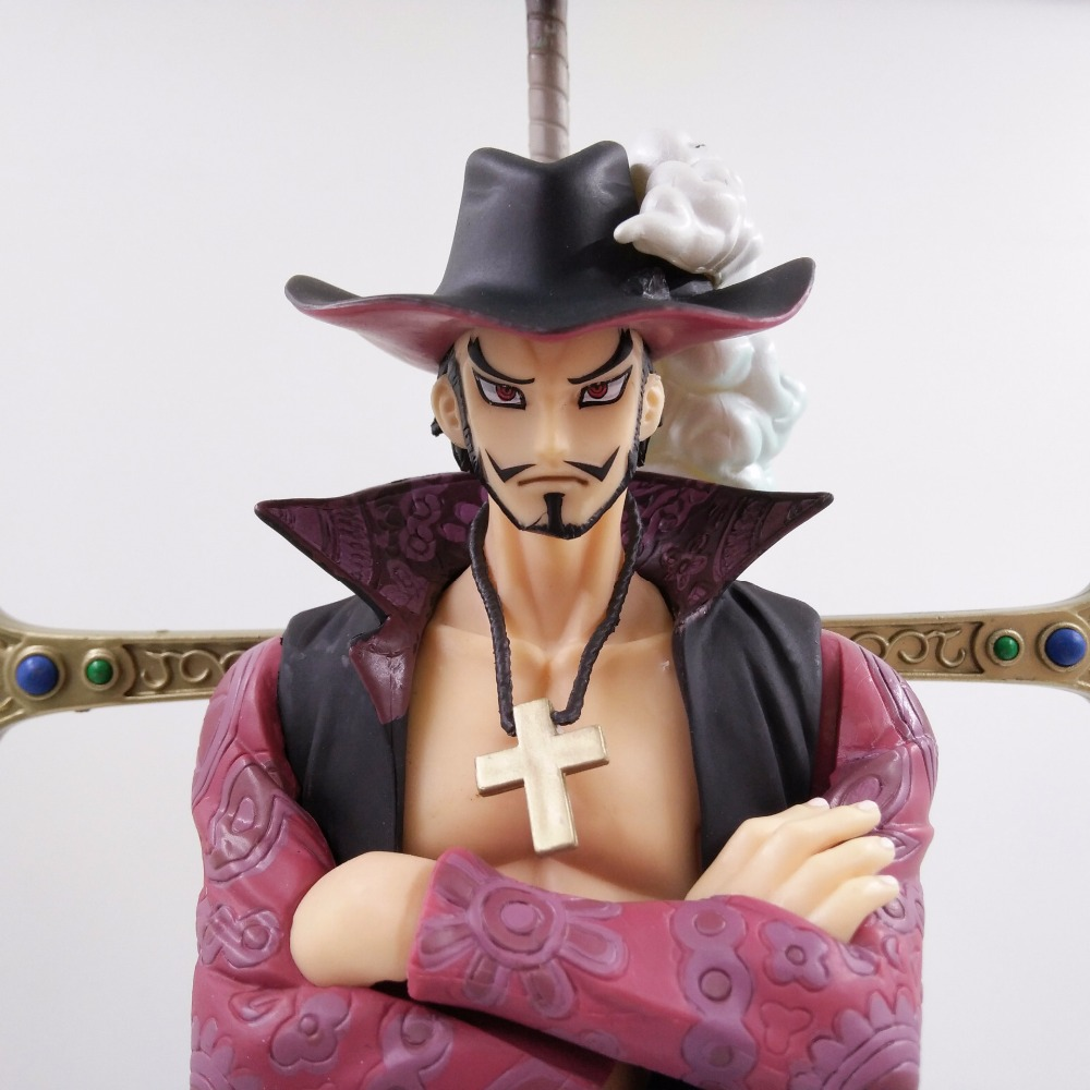 NEW hot 22cm One Piece Dracule Mihawk action figure toys collection Christmas gift no box new hot 11cm one piece vinsmoke reiju sanji yonji niji action figure toys christmas gift toy doll with box