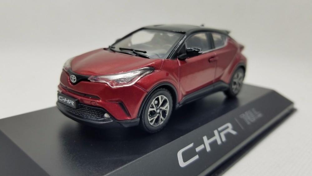 1:43 modèle moulé sous pression pour Toyota C-HR 2017 rouge SUV alliage jouet voiture Miniature Collection cadeaux CHR C HR