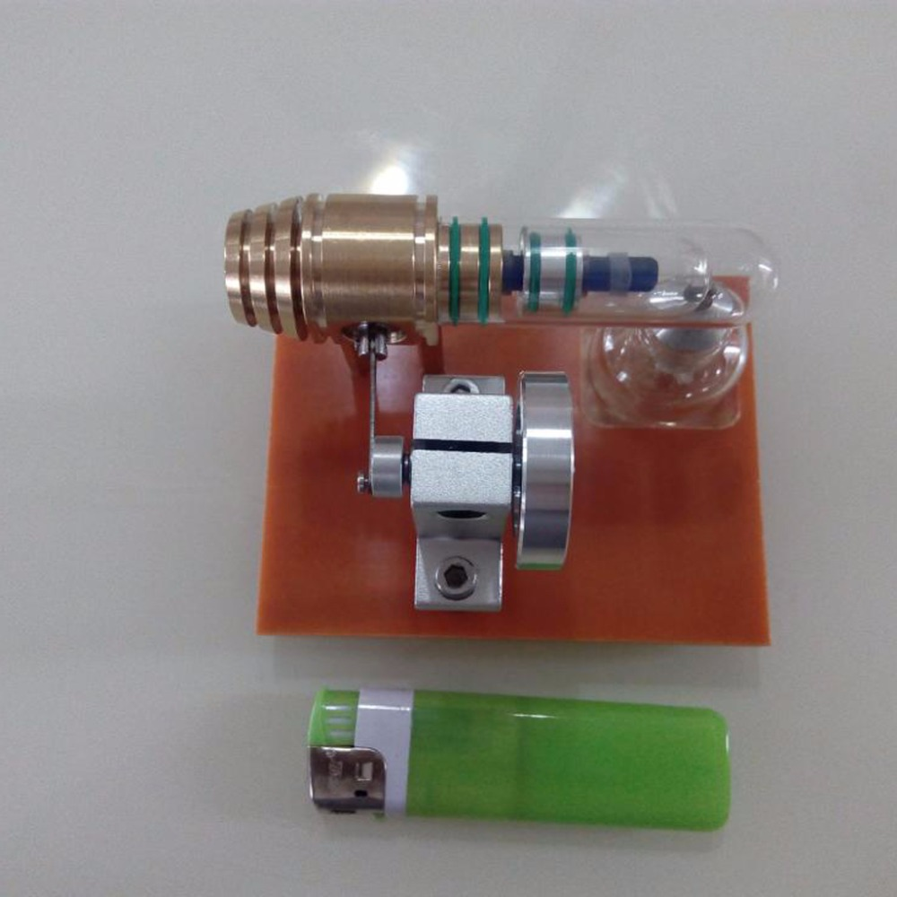 Miniature free-piston Stirling engine modelMiniature free-piston Stirling engine model